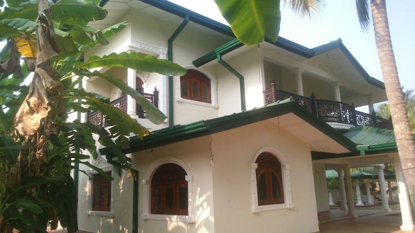 Pearl crown homestay