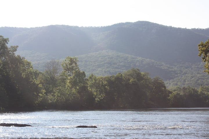Shenandoah River Getaway at Canoe River