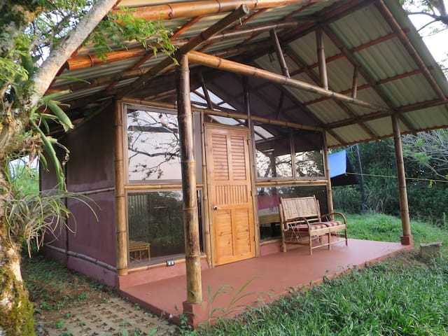 Private Bamboo Cabana with Spectacular View - Turrialba - Cabin