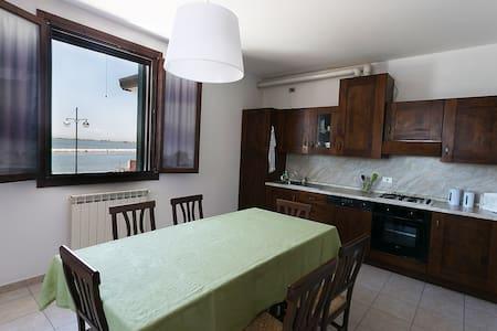 Appartamento grande del Nibbio - Porto Levante
