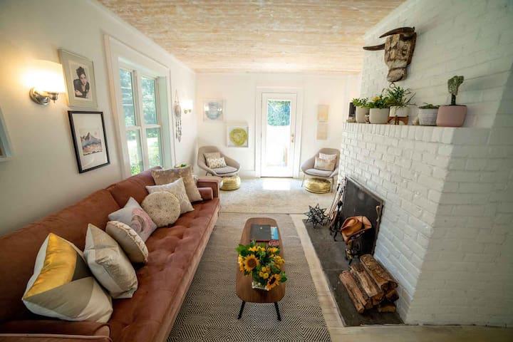 LIGHT & AIRY Berkshires Modern Farmhouse