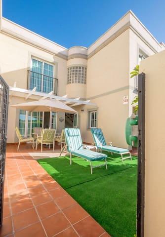 Villa El Valle, Jacuzzi, piscina, playas..... - Mogán - Rumah