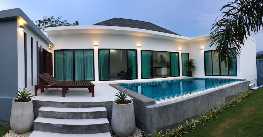 2 BR villa, 7 mins away from beach - Choeng Thale
