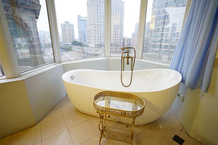 「闲堂」新南门/兰桂坊/九眼桥 Leisure House 超大浴缸独立房间