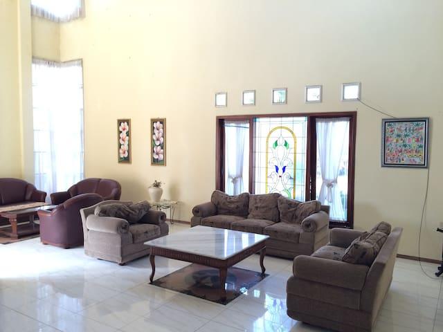 Villa Hamsa - Junrejo - Apartamento