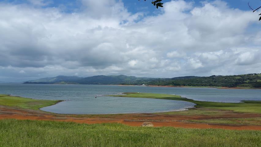 Casa cerca del lago arenal - Tilarán - Rumah
