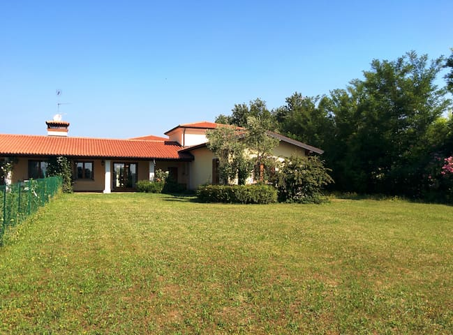 villa with lake view - Manerba del Garda - Dom