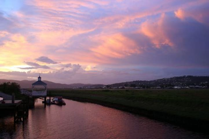 Luxury Villa self Catering Thesen Islands, Knysna - Knysna - Villa