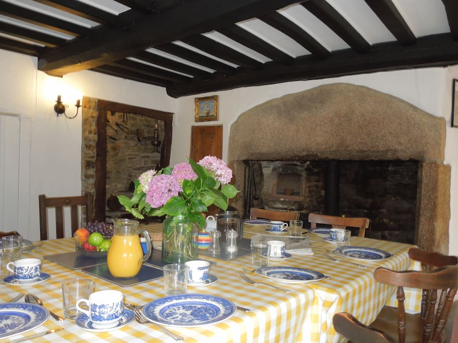 Spacious 600 year old farmhouse houses for rent in for Www home interior