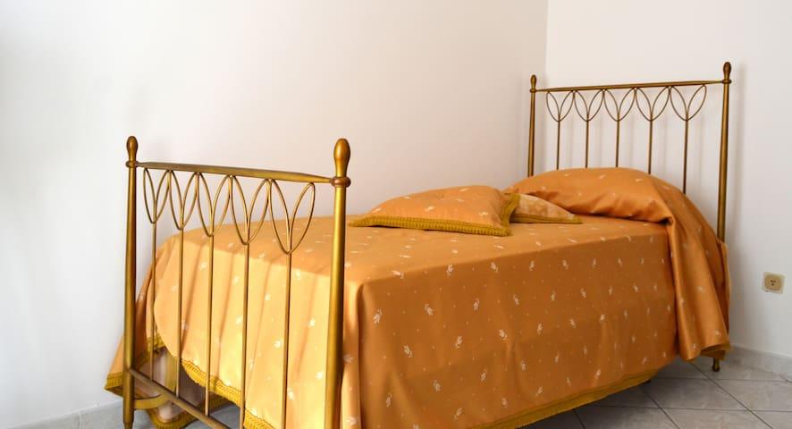 Villa Agnese - Gold Room - Tolfa - Bed & Breakfast