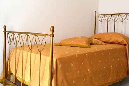 Villa Agnese - Gold Room - Tolfa - Bed & Breakfast