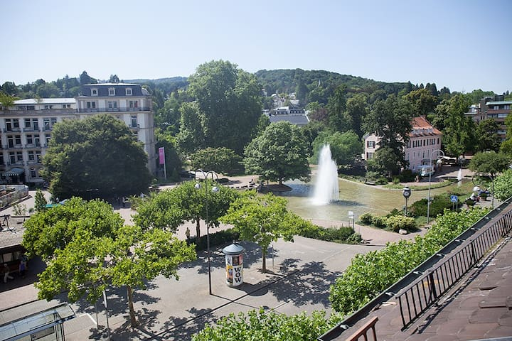 Central flat with beautiful views - Baden-Baden - Lakás
