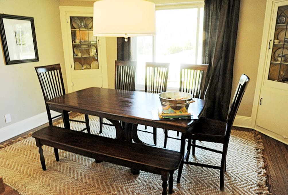 8-person dining table directly off the kitchen