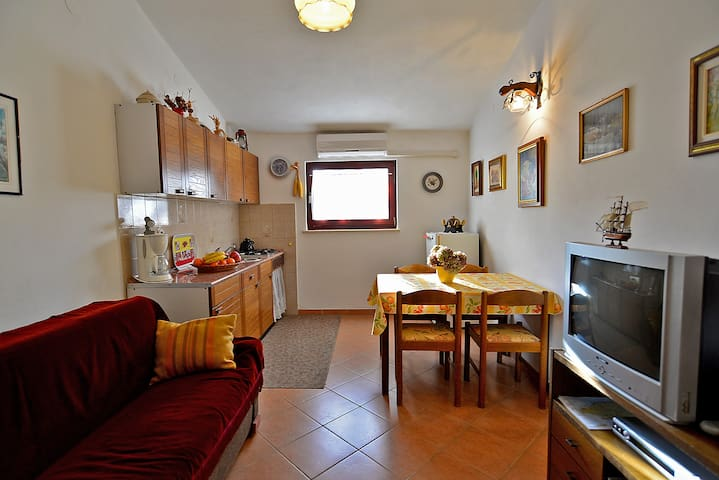 """""""522"""" Apartment for 4 people - Pula - Daire"""