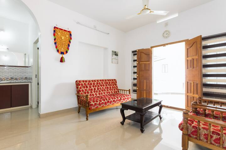 Escape to the peace and tranquility at Athirappily - Kerala - Hus