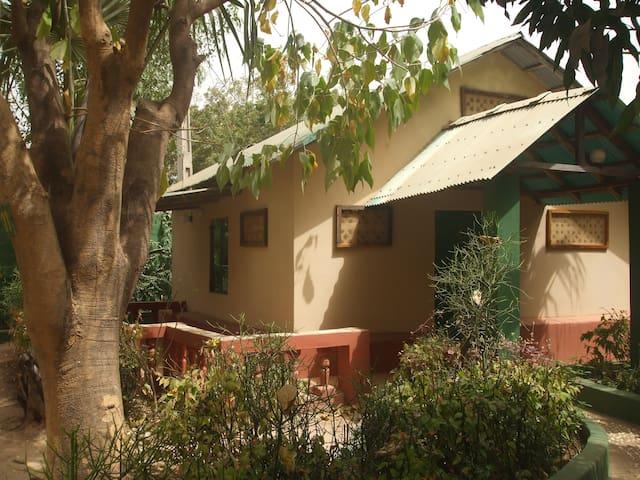 Camping-Sukuta /Comfort-Haus Nr. 1
