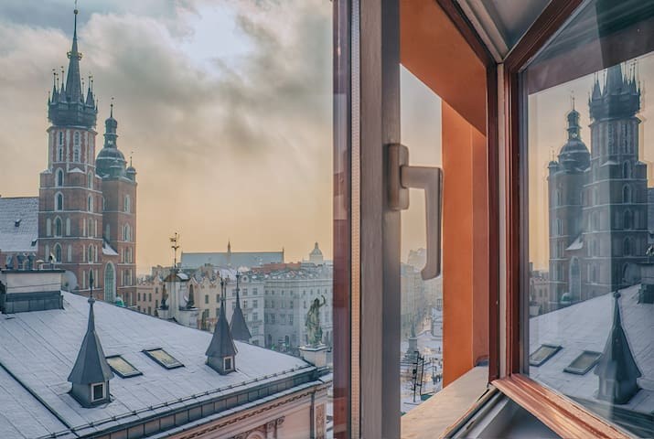 Luxury apart on Square | Top floor - Lift | 3BD - Krakau - Wohnung