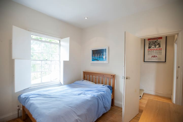 Camden Single Room