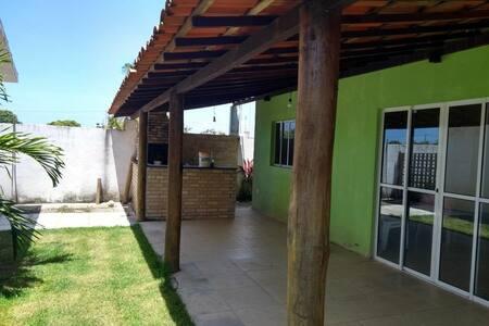 Casa em Serrambi, condomínio de Enseadinha.
