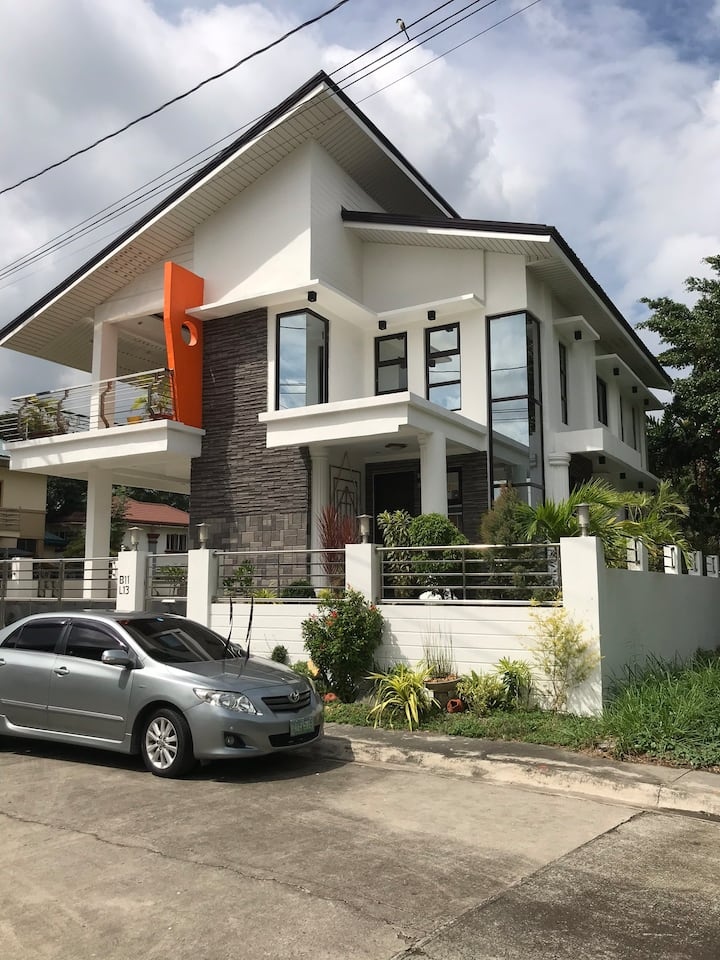 Gated community 2 story house Kawit, Cavite
