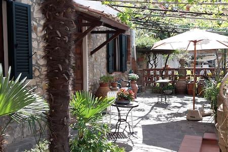 Casa con giardino in Maremma vicino al mare - Gavorrano - Rumah