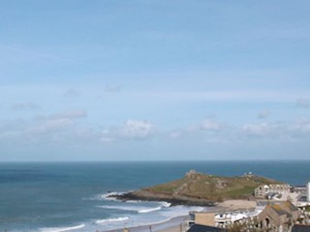 2nd floor Apartment, Great Views! - Saint Ives - Apartemen