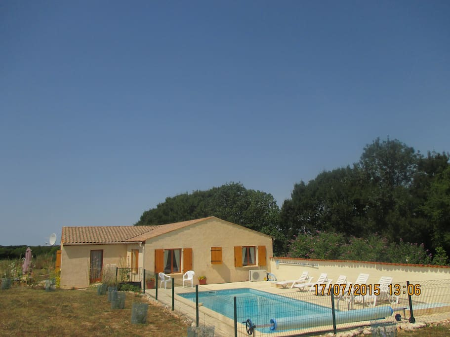 Villa with private heated and enclosed pool