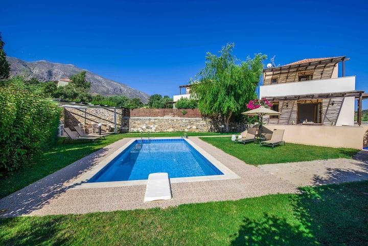 Gasparakis villas Phaedra Two Bedroom Suite Villa
