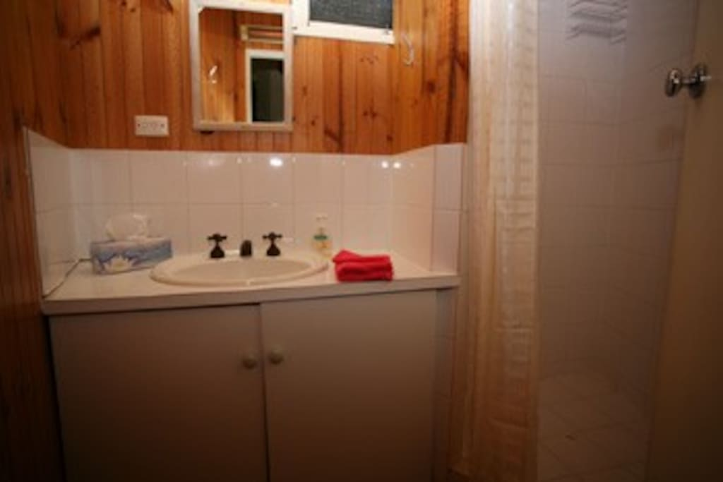 Communal bathrooms and showers with plenty of hot water