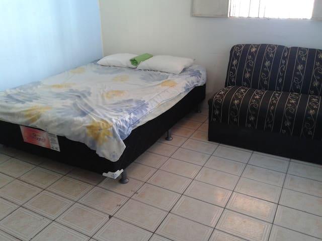 pequeno apartamento mobiliado - Manaus - Appartement