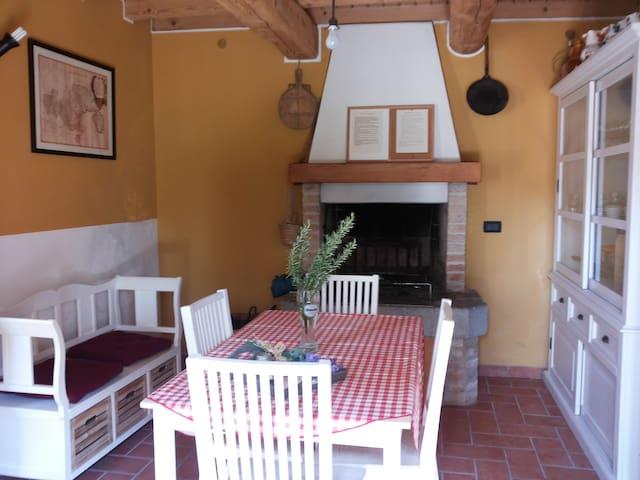 Casa Cesira tra colline e laghi - Tarzo - Casa