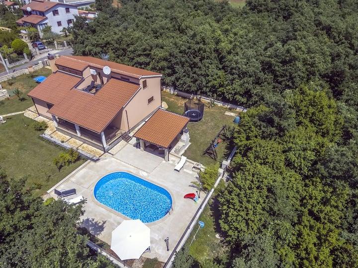 Villa for 10 persons in Vodnjan R82778