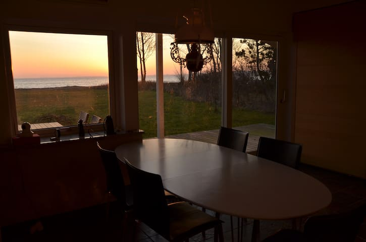 Cottage with lovely sea view - Middelfart - Blockhütte