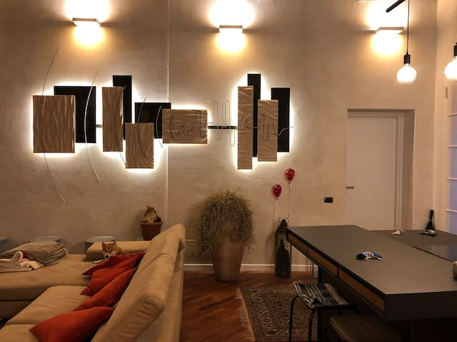 CHARMING APARTMENT IN HISTORIC CENTER