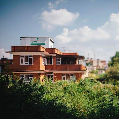 Peace and spacious home with garden - Patan, Lalitpur - Casa