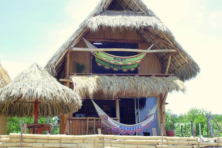 Casa Tranquila beach front villa Popoyo-Guasacate - Las Salinas - บ้าน