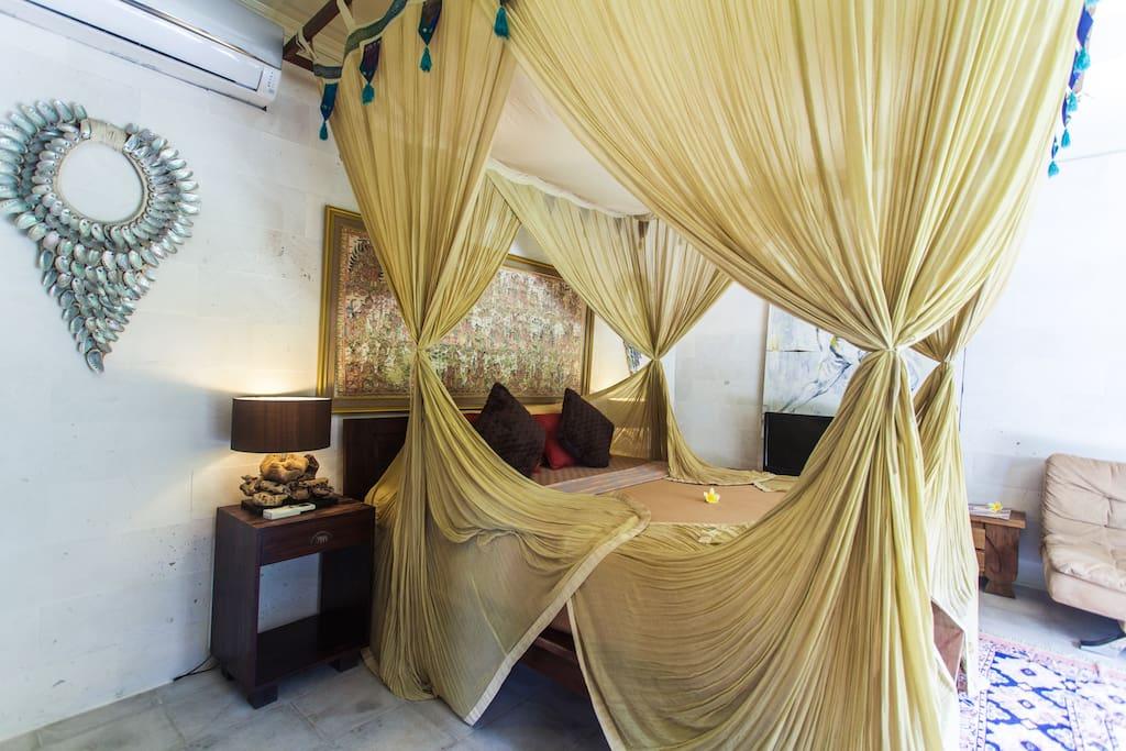 Suite de jardin de designer avec 2 chambres coucher for Chambre a coucher entiere