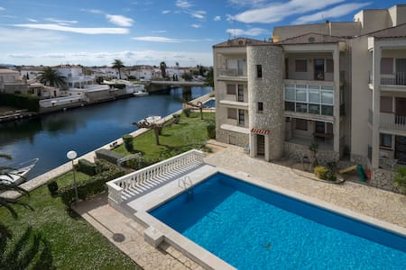 Empuriabrava Flamicell+Pool+Canal - Empuriabrava - Apartment