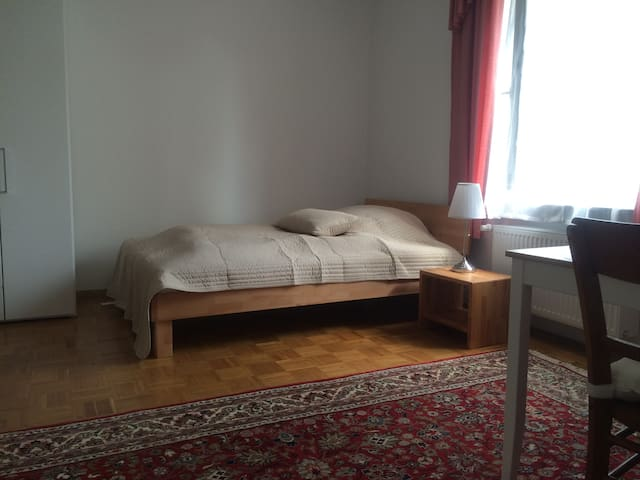 Zimmer No 6 in der Villa Marie - Mannheim - Dom