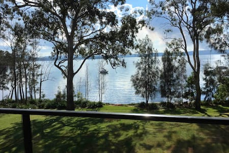 Lakeside Retreat - relax/explore - 10% disc in May