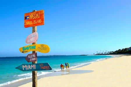 Right on the Beach (Ocean view) - Nassau - Wohnung