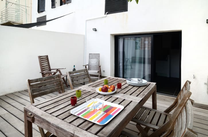 Studio,large terrace near Velodrome - Marseille - Appartement