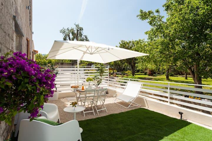 Small Loft Private Outdoor Area with POOL&GARDEN - Piano di Sorrento - Apartment