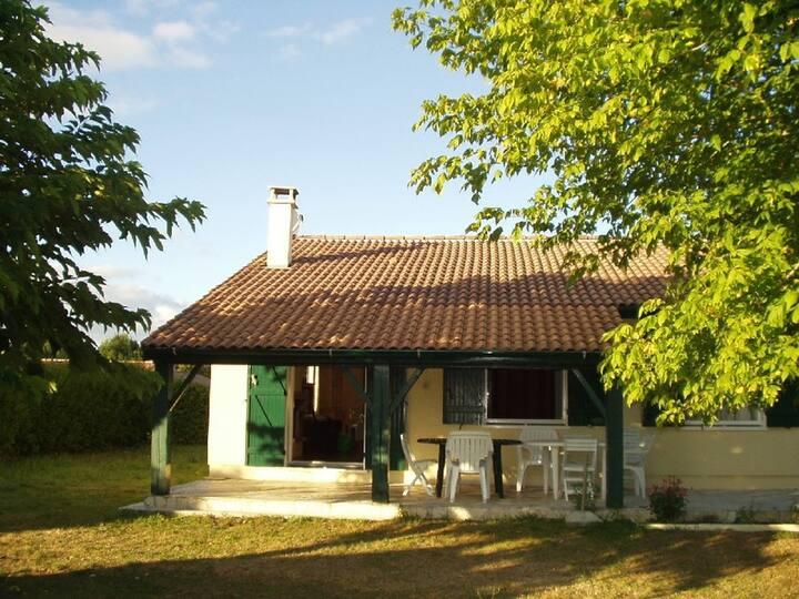 Location 33480 Sainte Hélène / Médoc