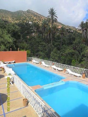 Hébergement,restauration,la détente - Paradis valley  - Bed & Breakfast
