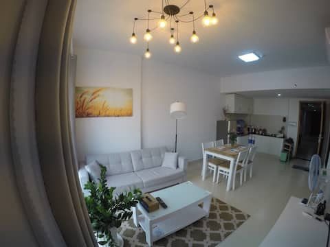 RIVERFRONT WHITE HOUSE; 2 BEDROOMS THAO DIEN