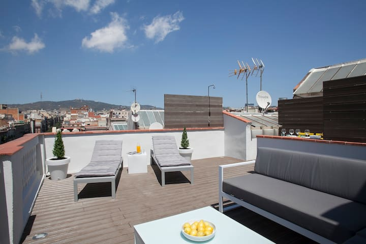Great center Penthouse with terrace