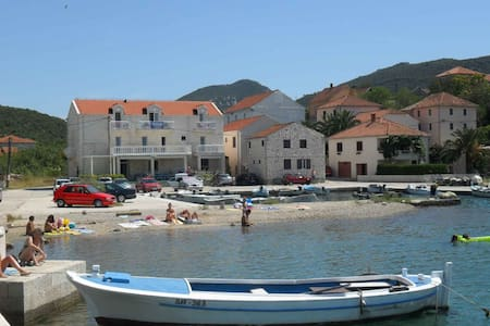 Villa Menalo - Hodilje - Huvila