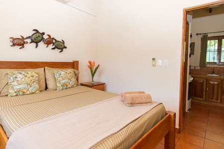 Beach, Surf, Relax...Beautiful Apt - Playa Grande - Apartment
