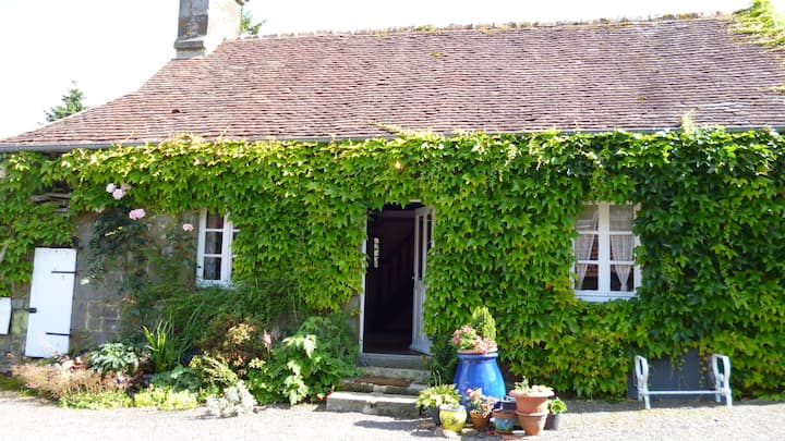 Charming 200 year old gite called the Bakehouse